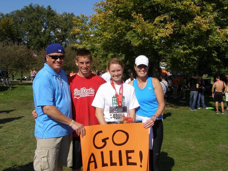 Allie+Pitcher+and+Paige+DeBoer+run+Chicago+Marathon%2C+raise+money