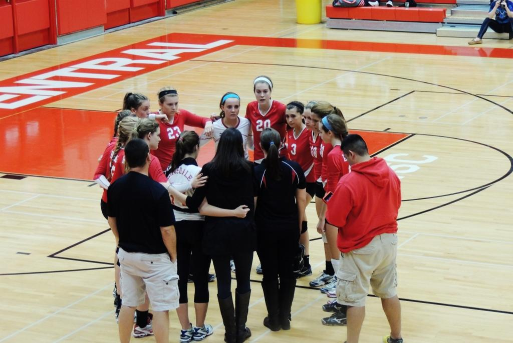 Devils volleyball suffers loss to York
