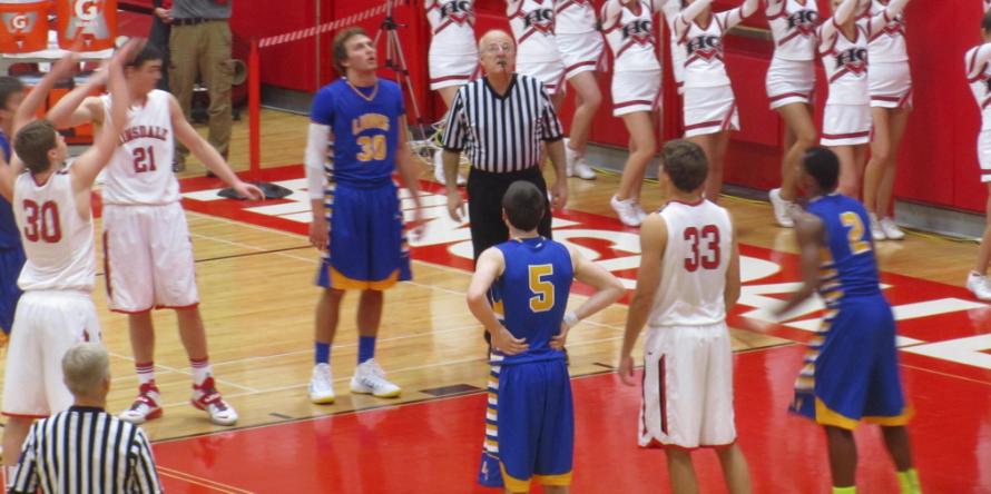 Boys' basketball defeats LT