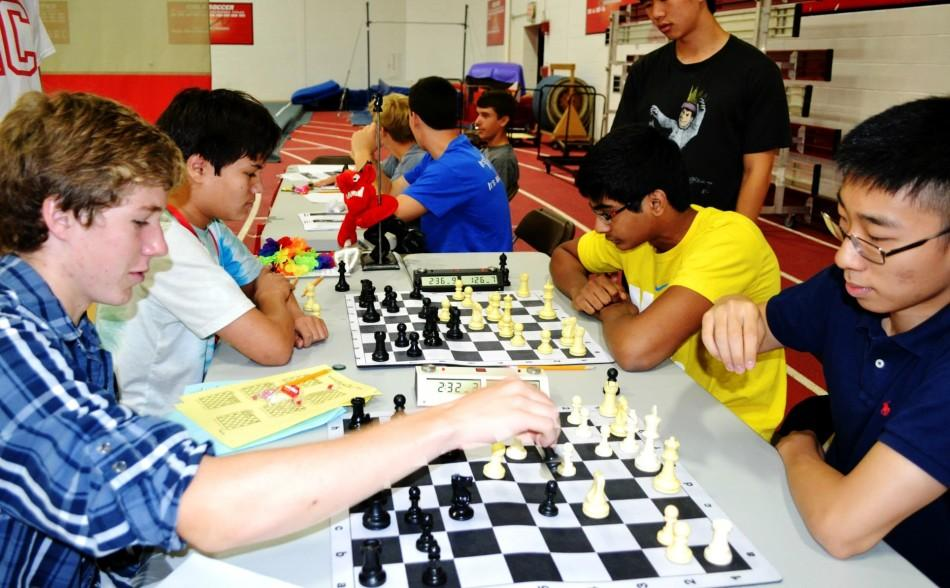 Derek+Tu%3A+check+mate+for+the+chess+team