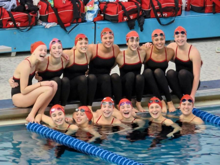 The+girls%27+varsity+team+%28pictured+here%29+placed+fourteenth+at+the+state+swim+meet.