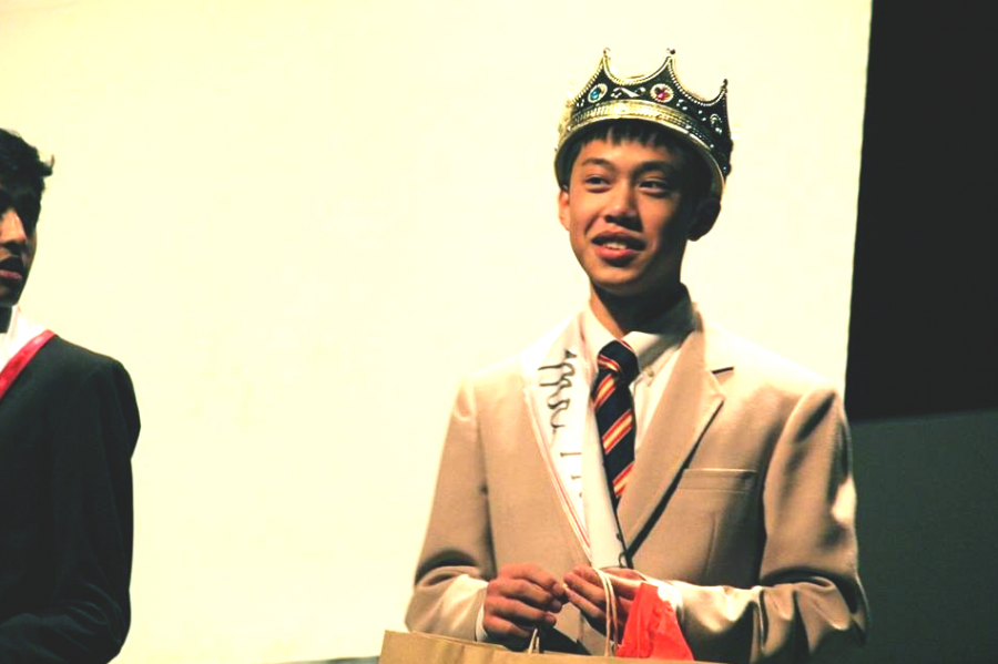 Peter+Ren%2C+junior%2C+is+crowned+Mr.+Hinsdale+at+the+end+of+the+pageant+on+Dec.+10.+