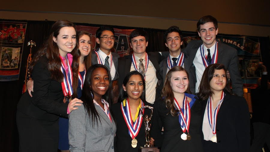 Members of the 2015-16 Forensics team at Nationals.