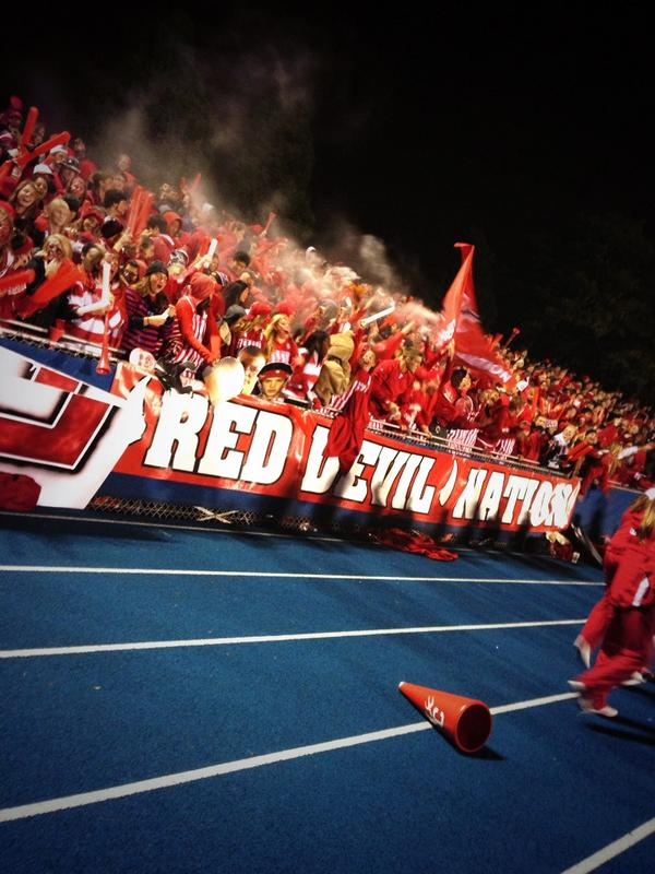 Hinsdale+Central+students+demonstrate+their+spirit+at+last+year%27s+LT+football+game
