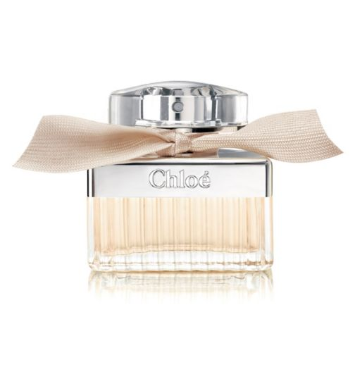 This floral fragrance has a chic effect