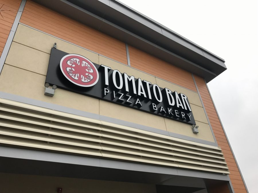 Tomato Bar in Willowbrook has recently opened and offers a wide variety of pizzas, wings and breads!