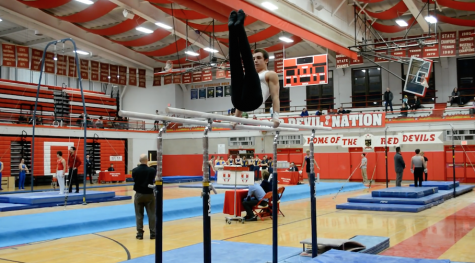 Boys gymnastics takes third at LTHS invite