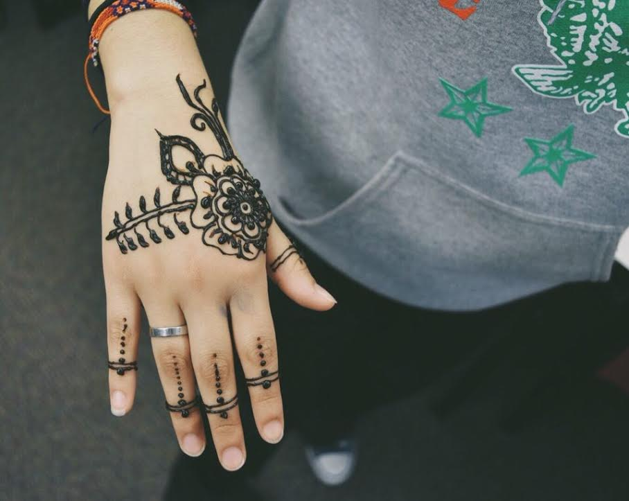 The Muslim Student Association hosted a henna  event where students designed tattoos on their peers to help raise money for charity.