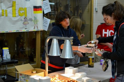 On Friday, Nov. 3, German Club held their annual Rootbiergarten, where mini pretzels and root beer were sold for $3. All proceeds went to the Open Arms Foundation.