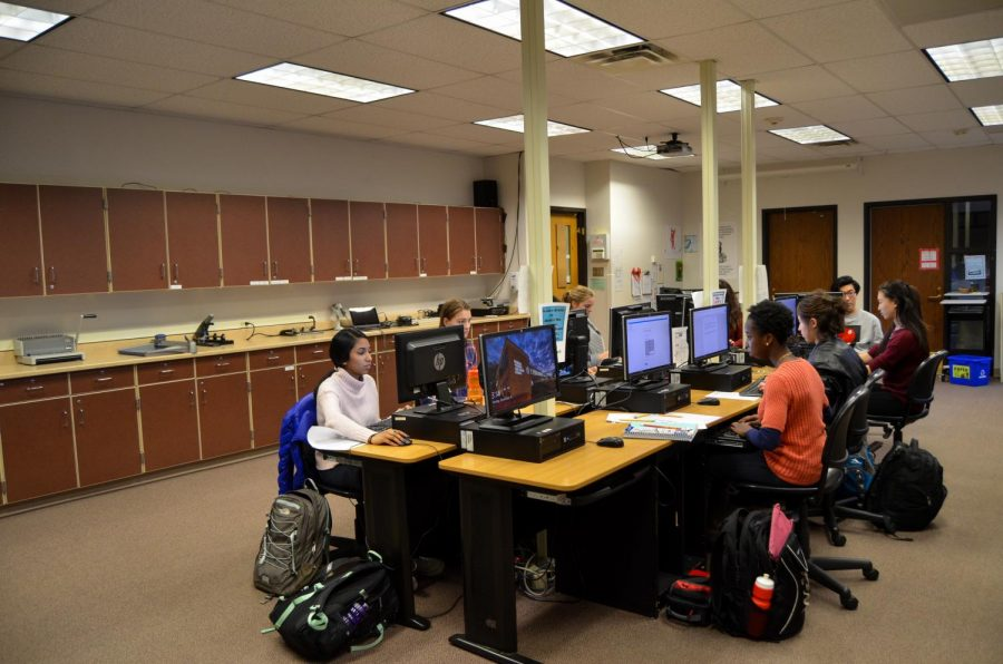 On Monday, Nov. 14 and Tuesday, Nov. 15, students nominated by their English teachers attempted to write a quality essay in under 50 minutes to qualify for a national competition.