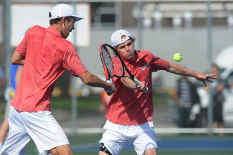 Trevor Hamilton and Andrew Buehlos will look to recreate their 2017 season, where they advanced to the State Championship match for doubles.