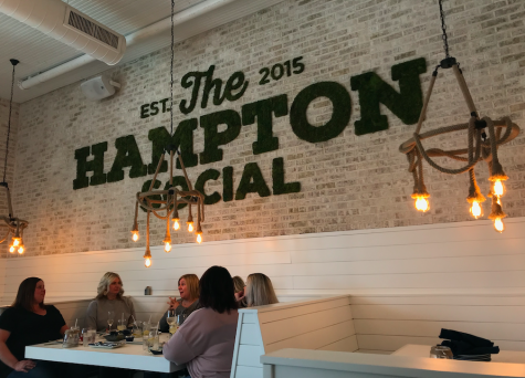 Recently opened in Burr Ridge, The Hampton Social climbed its way to the top when it comes to unique, lively restaurants for students to have a good time.