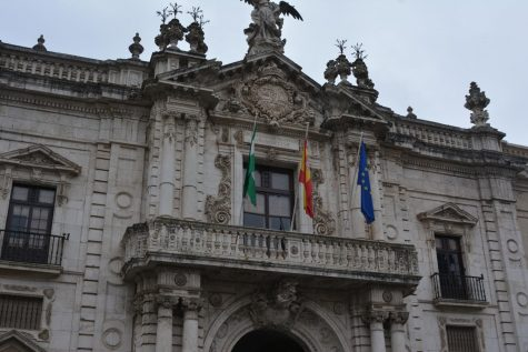 Students walked through Seville to view its amazing architecture.