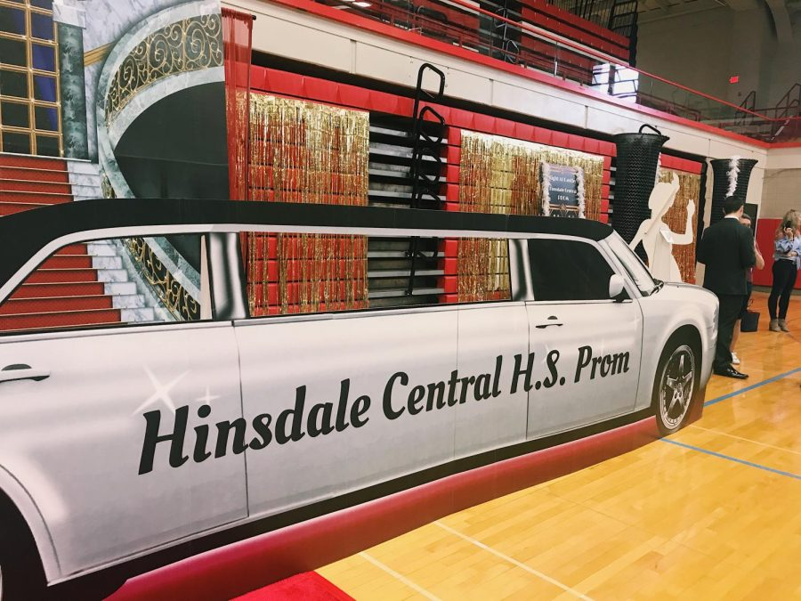 There was a silver limo with the words Hinsdale Central H.S. Prom on it to take pictures behind or in front of.