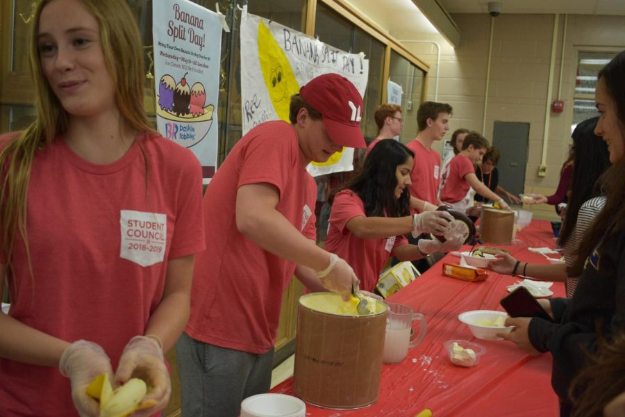 On Wednesday May 16, student council and PTO worked together to have a free banana split day at lunch.