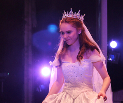 Sophomore Emma Gordon played Cinderella in the spring musical of Rodger and Hammerstein's version from April 19 -21.