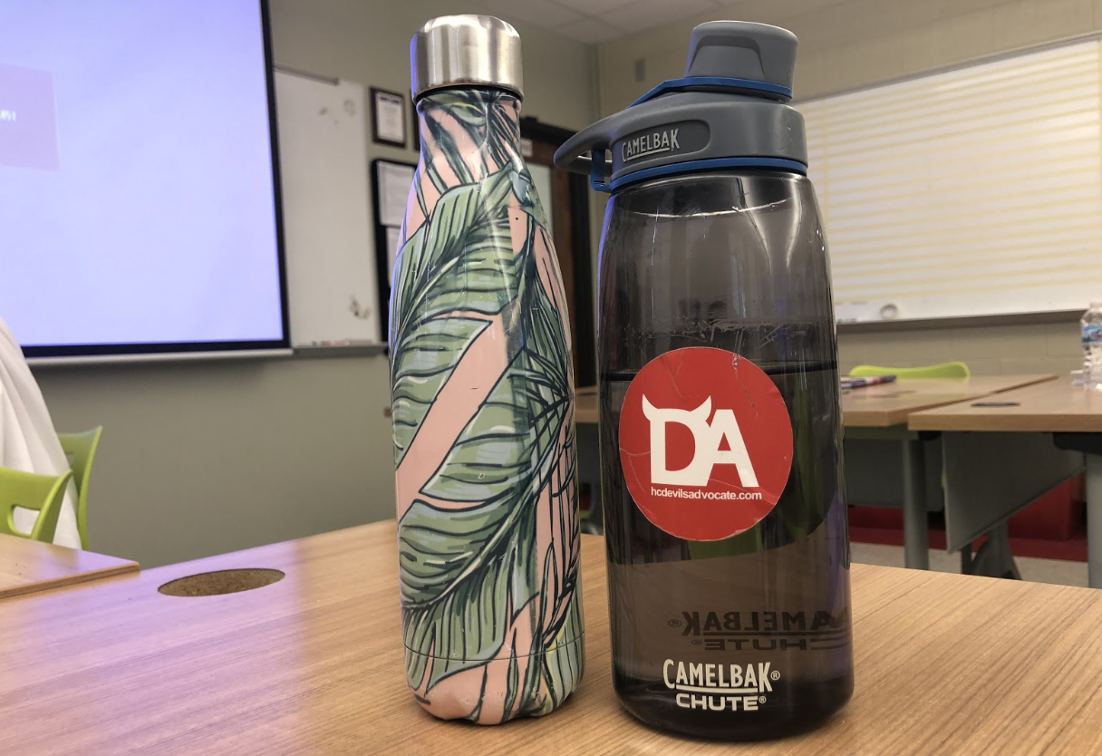 Reusable waterbottles are the best way to keep hydrated during school.