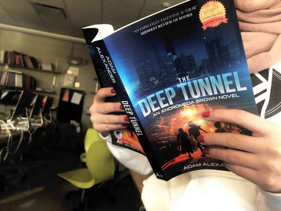 %22The+Deep+Tunnel%22+is+a+riveting+science-fiction+novel.