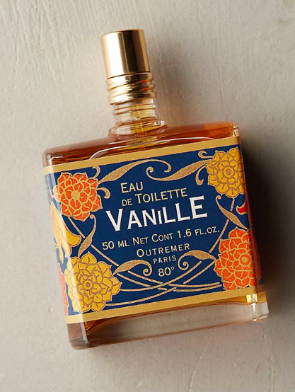 This fragrance is a powdery, delicately spiced vanilla blend.