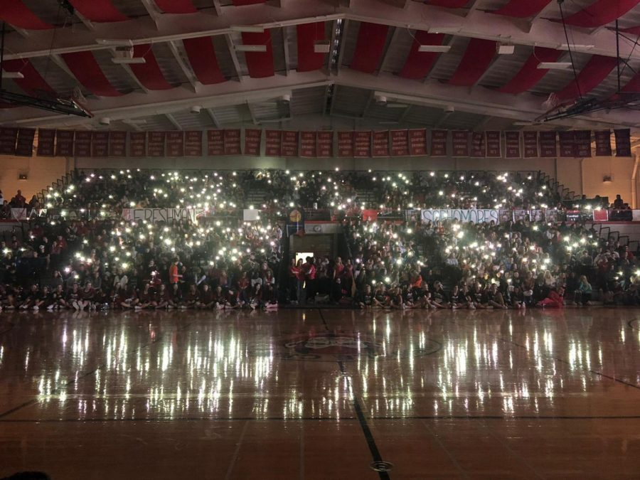 The pep rally began with a   singing competition between the four grades. Freshmen, sophomores, juniors, and seniors took turns singing randomly assigned songs, ranging from Queen's