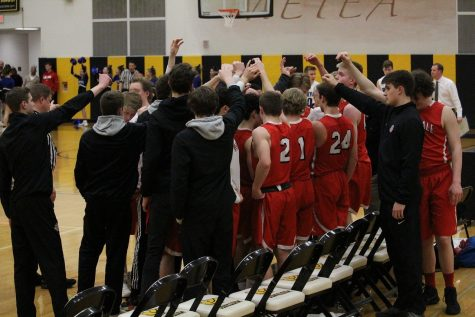 Boys Basketball's season ends with loss to Geneva