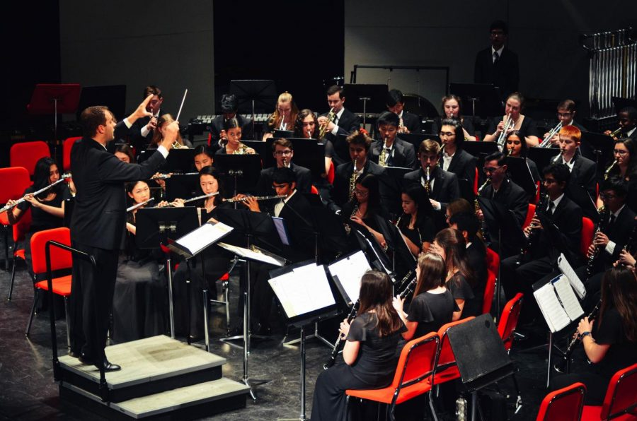 On Wednesday, Feb. 27, two band concerts were held in the auditorium. The first concert consisted of performances by Concert Band and Symphonic Band, while the second concert was performed by Wind Ensemble and Wind Symphony.