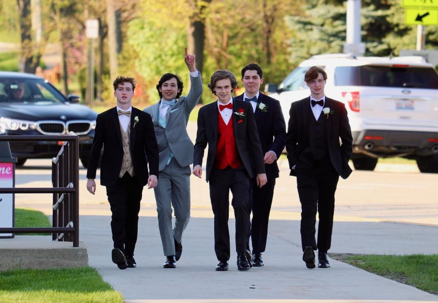 Students attended prom on Saturday, May 4, arriving to the gym to take pictures at 5:30 p.m. before heading to the Crystal Gardens at Navy Pier for dinner and dancing. Students were celebrated with a runway walk, a ferris wheel ride, and a midnight cruise on Lake Michigan. This year's prom theme was