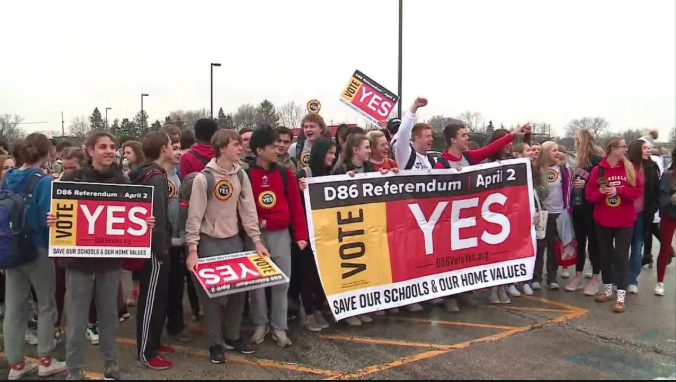 Students+for+the+Vote+Yes+Campaign+rallied+after+school+a+week+before+the+election.+