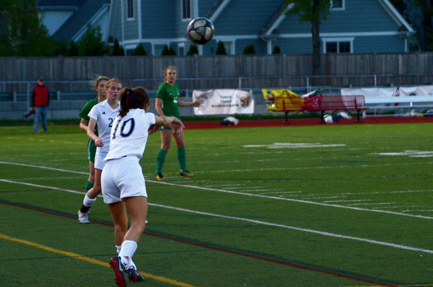 On+Tuesday%2C+May+14%2C+girls+soccer+played+against+York+in+the+IHSA+Regional.+