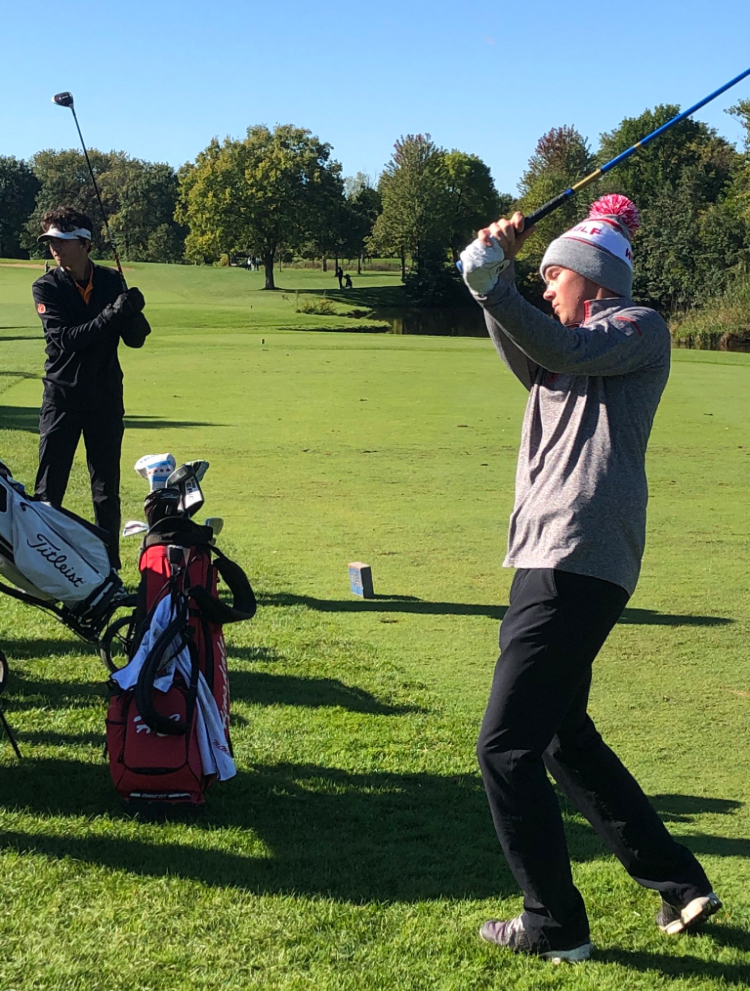 The boys' varsity golf team finished seventh place in at the IHSA state finals.