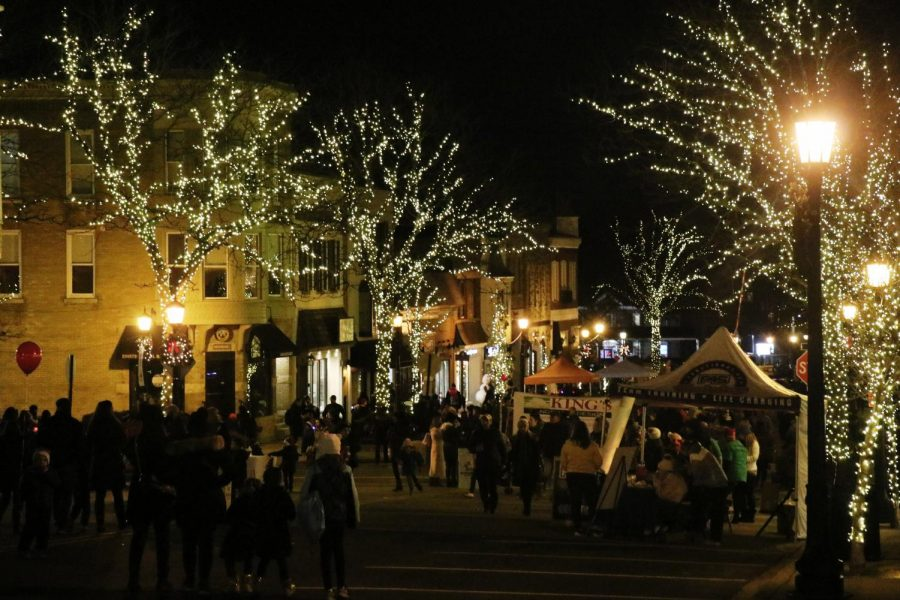 The annual Christmas Walk in the streets of downtown Hinsdale occurred on Friday night.