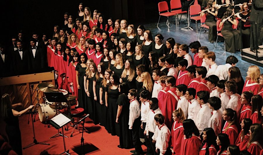 At the end of the concert, the choir combined with the wind ensemble to perform