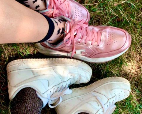 Athletic shoes, with the most popular color being white, have become teens' top choice to match with their outfits.