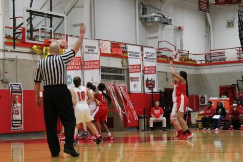 Gallery: Girls' varsity basketball wins against Proviso West High School