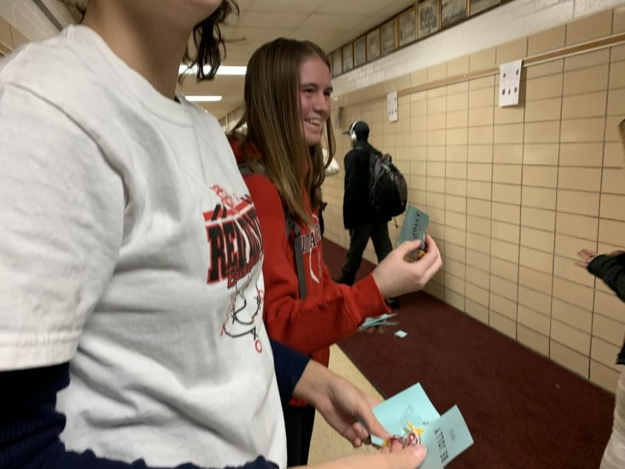 Maria River, junior board member, Sarah Cernugel, senior member, and other BDTW members passed out jolly ranchers on Thursday morning, reminding people to